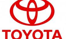 """""""تويوتا"""" تدخل في شراكات مع مصنعين صينيين للحصول على بطاريات لسياراتها الكهربائية"""