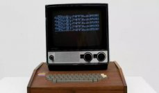 """عرض أول جهاز كمبيوتر """"آبل"""" صممه ستيف جوبز للبيع مقابل مبلغ خيالي"""