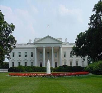 البيت الأبيض: أجرينا محادثات مع السعودية والإمارات بشأن سوق النفط
