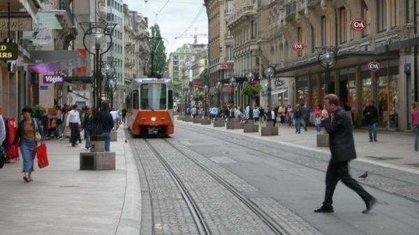 إنخفاض حجم العمالة في البنوك السويسرية بنسبة 4.1% خلال النصف الأول