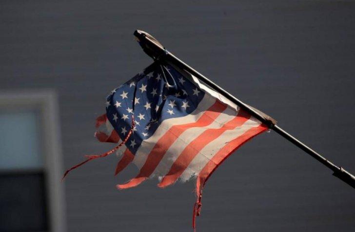 """""""غولدمان ساكس"""" يخفض توقعه لنمو الاقتصاد الأميركي هذا العام"""