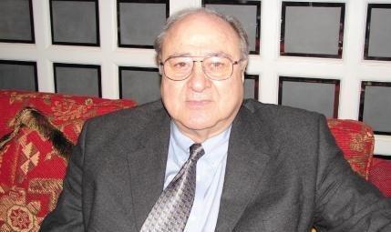 السيناتور الاميركي الاول من اصل عربي جيمس ابو رزق صوت عربي ضد التمييز