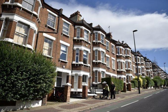 """ريزوليوشن فاونديشن: ارتفاع أسعار المنازل بسبب """"كورونا"""" يزيد فجوة الثروة في بريطانيا"""