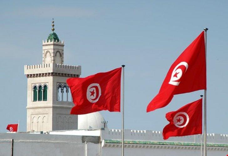 تونس تقر قانونا للإنعاش الاقتصادي وتسوية مخالفات الصرف