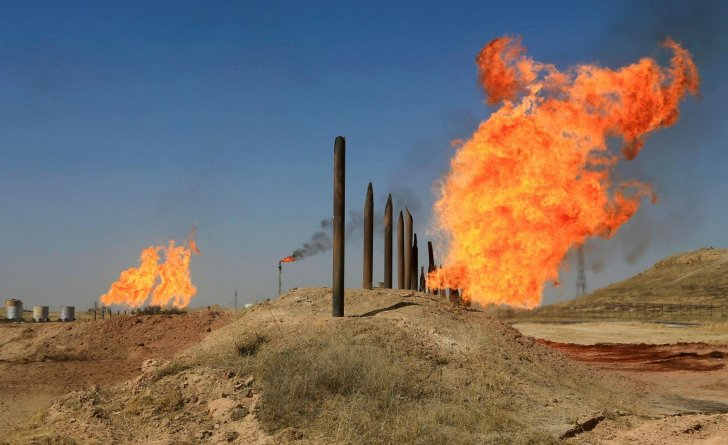أسعار النفط ترتفع بعد خسائر كبيرة في الجلسة السابقة