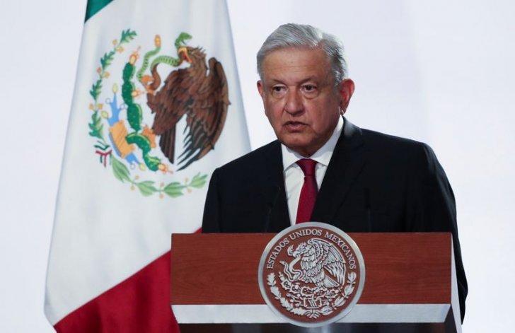 رئيس المكسيك يلمّح إلى استخدام أموال من صندوق النقد لسداد ديون شركة النفط المملوكة للدولة