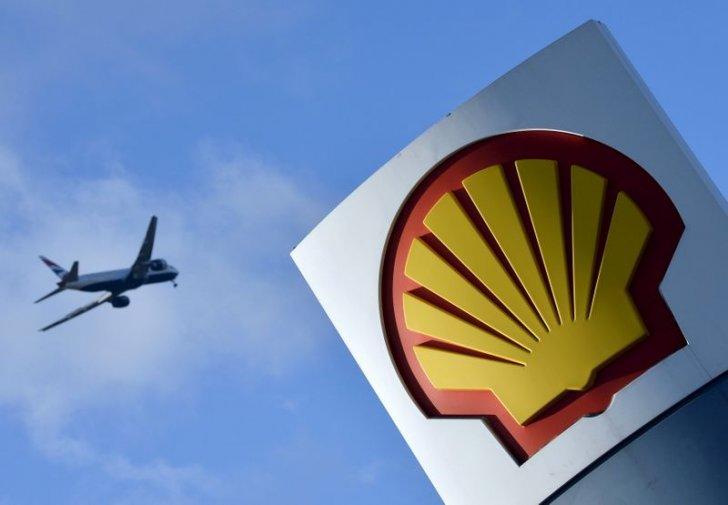 شل أعلنت خططاً لإنتاج وقود طائرات منخفض الكربون على نطاق واسع في 2025