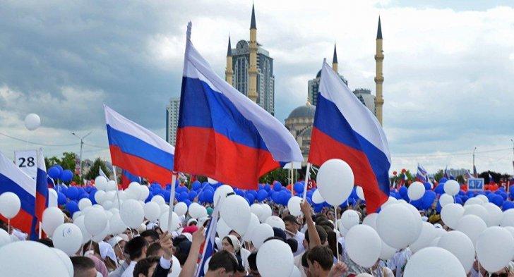 روسيا تمدد حظر الإستيراد المفروض على منتجات غربية حتى نهاية 2021