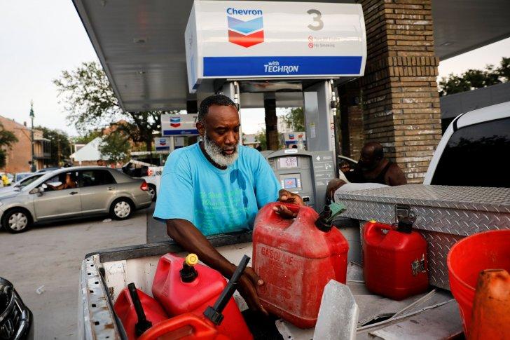 """الطاقة الأميركية تسحب 300 ألف برميل من الاحتياطي الاستراتيجي لمساعدة المناطق المتضررة من إعصار """"إيدا"""""""