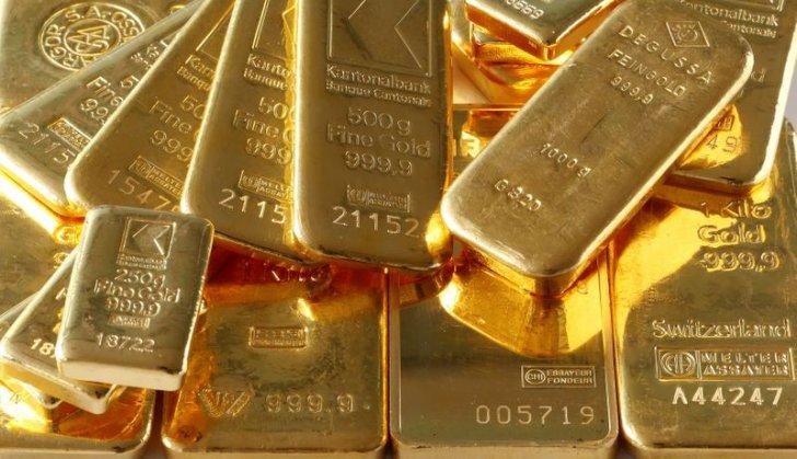 الذهب يتراجع مع ارتفاع الدولار مع ترقب اجتماع مجلس الاحتياطي الأميركي