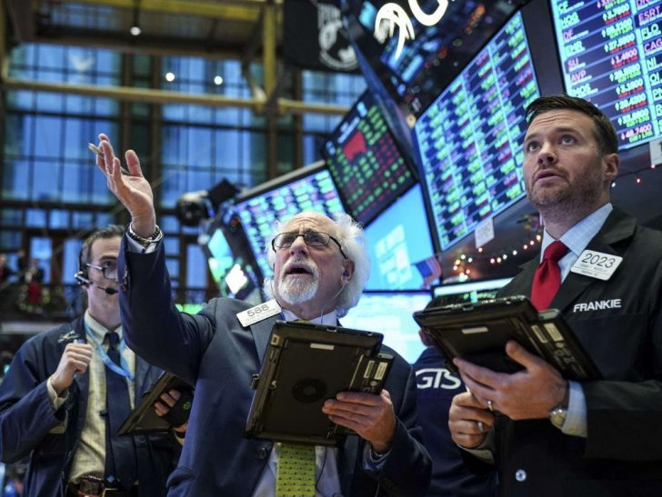 تباين مؤشرات الأسهم في الولايات المتحدة في ختام التداولات