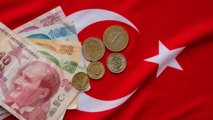 الليرة التركية تلامس أدنى مستوياتها في أسبوع