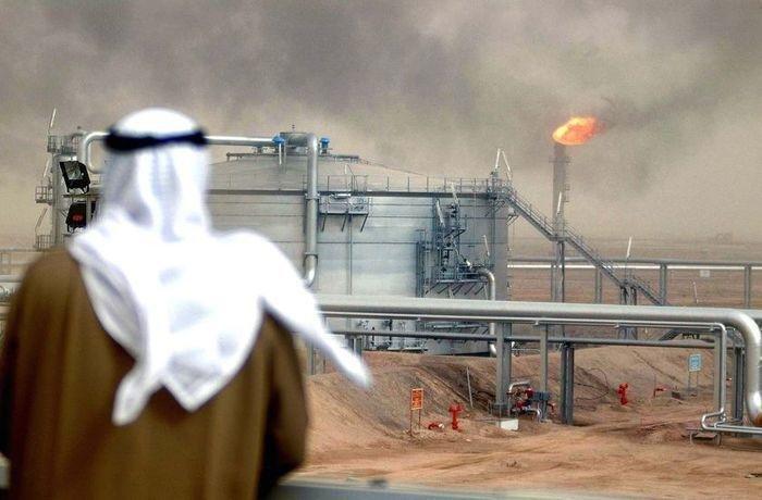 السعودية ترفع أسعار بيع نفطها الرسمية لآسيا في آب