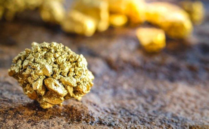 الذهب يتجاوز 1800 دولاراً للأوقية في أعلى مستوى في 3 أسابيع