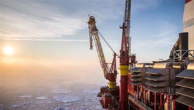 """""""إدارة معلومات الطاقة الأميركية"""": روسيا تصبح ثاني أكبر مورد أجنبي للنفط إلى الولايات المتحدة"""