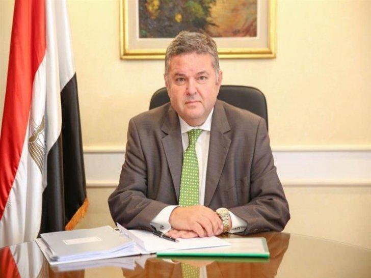 وزير قطاع الأعمال المصري: برنامج الطروحات الحكومية سيمضي قدما ولن يتأثر بملف الضريبة