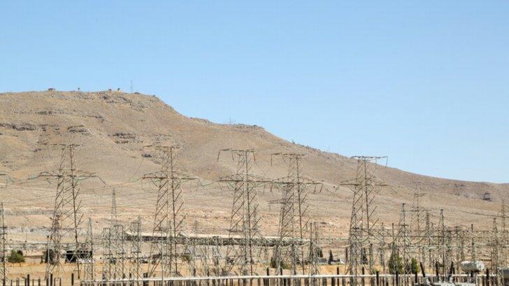 وزير الاقتصاد السوري: دمشق توافق على مشروع مع شركة إماراتية لإقامة محطة توليد كهروضوئية