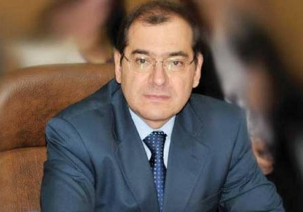 وزير البترول المصري ينفي زيادة أسعار البنزين في تموز المقبل