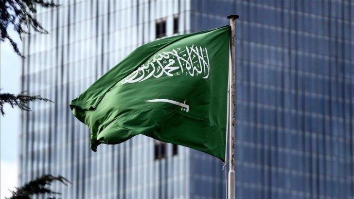 السعودية للكهرباء تقترض 2.57 مليار دولار لتمويل نفقاتها