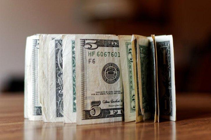 وزير مالية: سريلانكا تواجه أزمة حادة في النقد الأجنبي والتصنيف الائتماني مهدد بالخفض