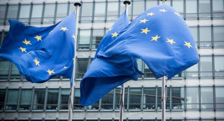 نشاط القطاع الخاص في منطقة اليورو يسجل أعلى قراءة في 21 عاما