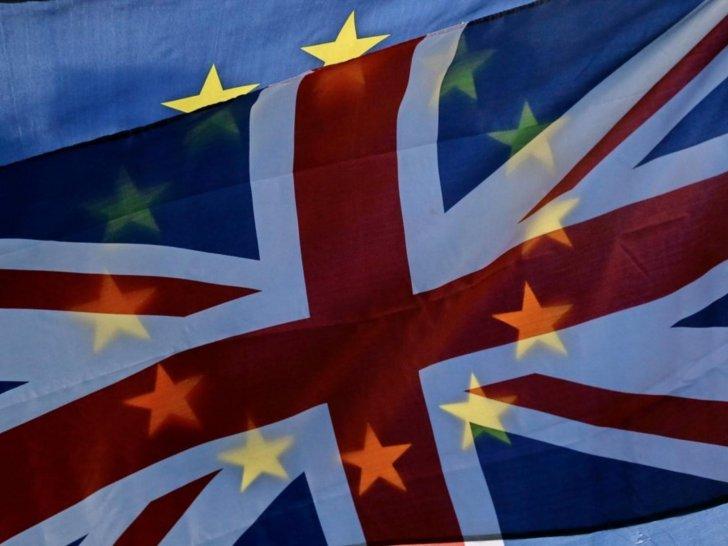 """الإتحاد الأوروبي: بريطانيا ملزمة بسداد 56 مليار دولار ضمن تسوية """"البريكست"""""""